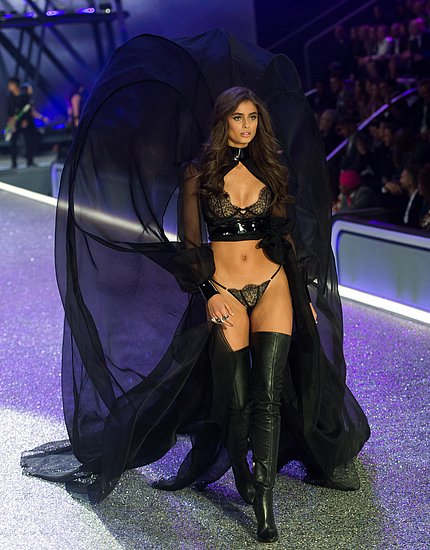 victorias_secret_fashion_show_2016_60.jpg