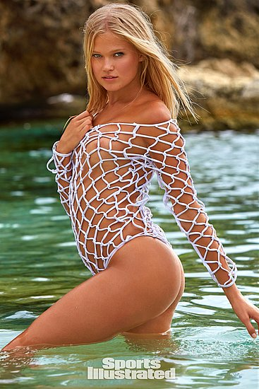 vita_sidorkina_sports_illustrated_04.jpg