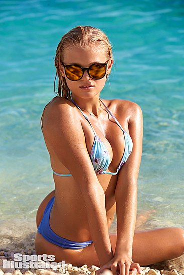 vita_sidorkina_sports_illustrated_20.jpg