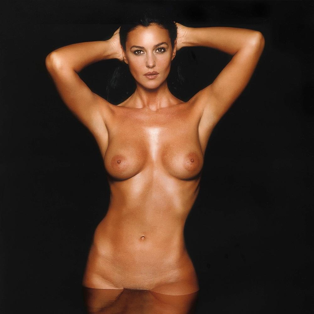 Maria bellucci nuda 50 Monica Bellucci Nude Pics Sex Scenes