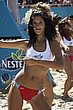 beach_volleyball_cheerleader_60.jpg