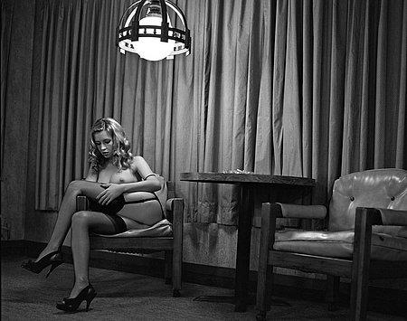 black_and_white_erotic_30.jpg