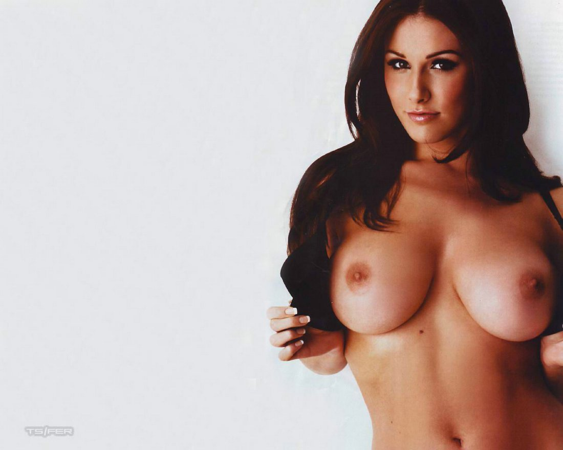 pinder nude wallpaper Lucy