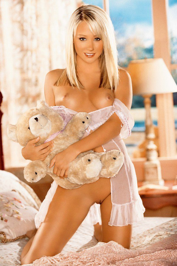 Playmate sara jean underwood