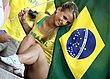 sexy_soccer_fans_08.jpg
