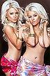 sexy_twins_03.jpg